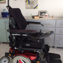 Elektro-Rollstuhl PERMOBIL M400