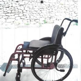 Manueller Rollstuhl Küschall Champion